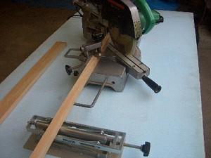 スライド丸ノコによる台枠作り