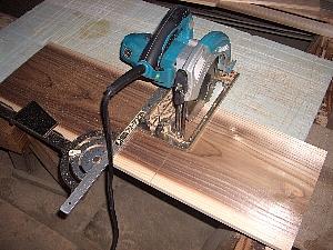 杉板の切断