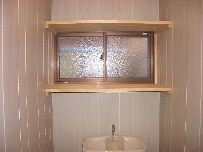 塗装前トイレ棚