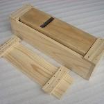 釘止め木箱の鰹節削り器