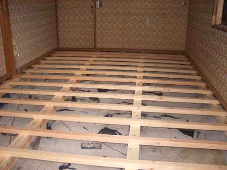 フローリングをdiyで張る!床下地の作り方、大引、根太編