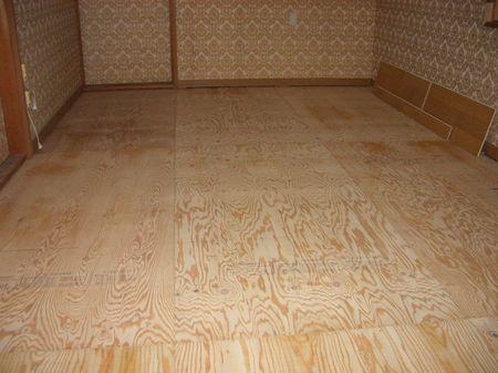 床下地の作り方、プラ束、下張り