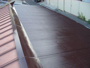 波板トタン屋根ペンキ塗替えの完成