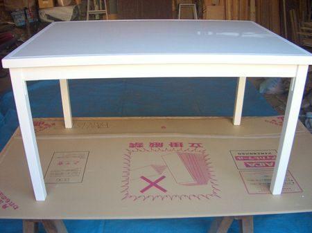 塗装終了とダイニングテーブルの完成